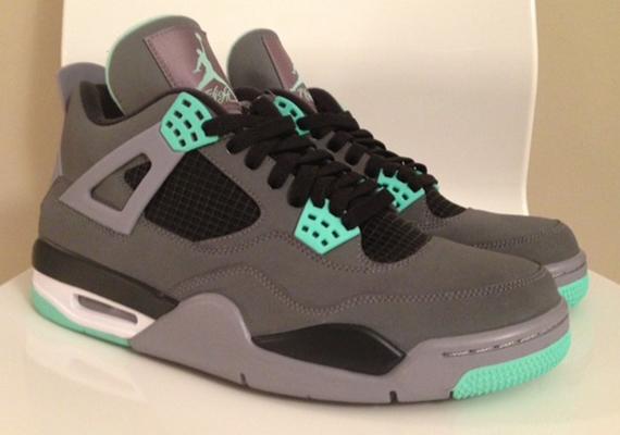 Air Jordan IV \