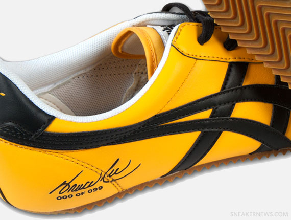 《死亡�戲》戰鞋=Onitsuka Tiger Bruce Lee Club Facebook