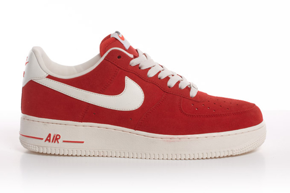 meet f9be4 e8225 ... powerful comeback of the Air Force 1 Low. Weve got a detailed gallery  of the three colorways below so give them a look and stay tuned for more  updates ...