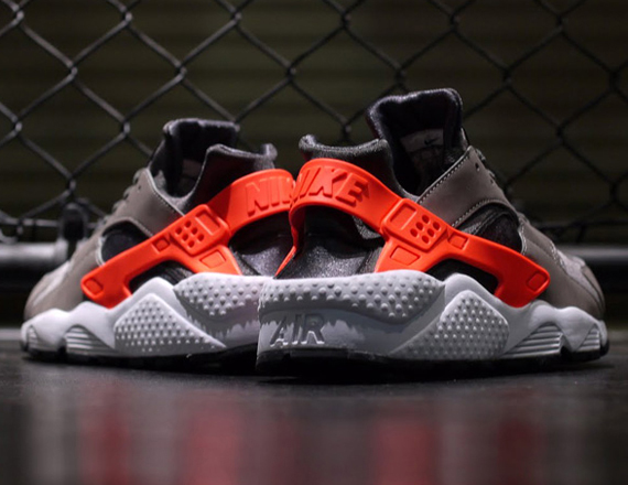 nike huarache orange and grey