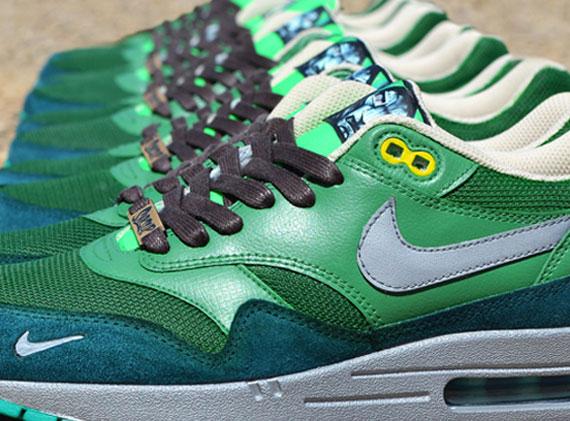 """559ff354665ee Nike Air Max 1 """"Dr. Doom"""" Customs by Jwdanklefs"""