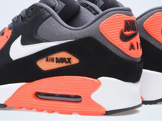 air max total 90