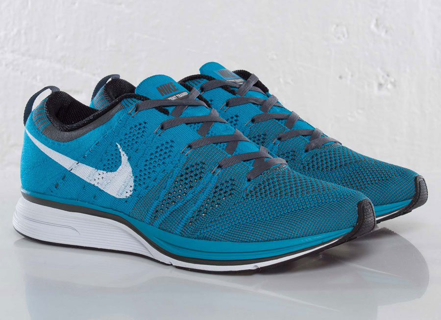 nike flyknit turquoise. Black Bedroom Furniture Sets. Home Design Ideas