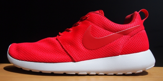 uahwlo Roshe Run Nike Id Samples