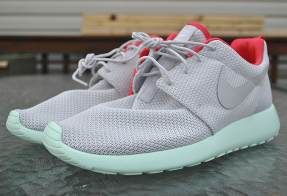 roshe run men yeezy