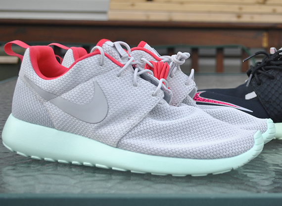 "Nike Roshe Run iD ""Yeezy 2"" Editions - SneakerNews.com"