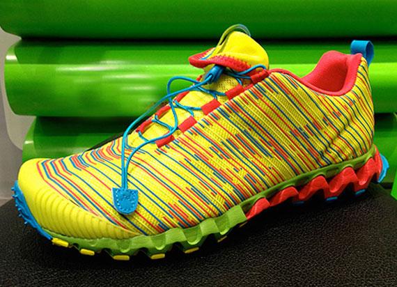 Reebok ZigMaze 2 - SneakerNews.com c96b8a3798fe