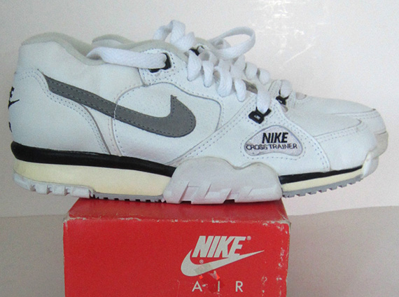 size 40 eb9b1 9cbc7 How thorough is your knowledge of vintage Nike trainer models If you  really know youre history then you should be familiar with this, the  original Nike ...