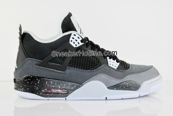 "Air Jordan IV ""Stealth Grey"""
