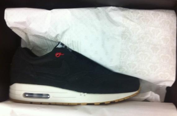 England Nike Air Max 1 iD - SneakerNews.com d103f604b