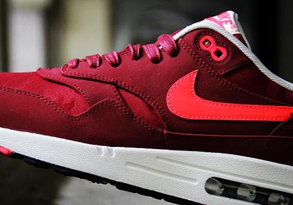 4bc03801be Nike WMNS Air Max 1 PRM - Team Red - Atomic Red - Black - Sail -  SneakerNews.com