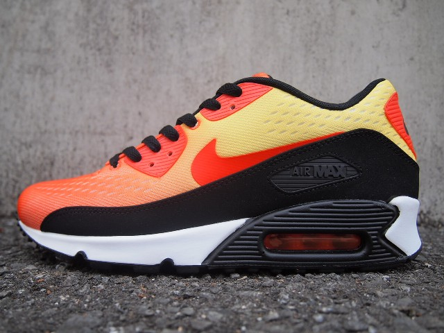 online store c556c 4fb30 Nike Air Max EM