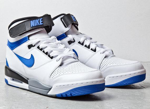 check-out 72efe c397c Nike Air Revolution - 2013 Retro - SneakerNews.com