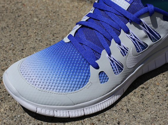 Nike Free 5.0+ Breathe – Pure Platinum – Hyper Blue