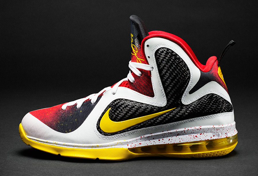 55a52788a2f A Timeline of LeBron James  Career As Told By Nike Sneakers -  SneakerNews.com