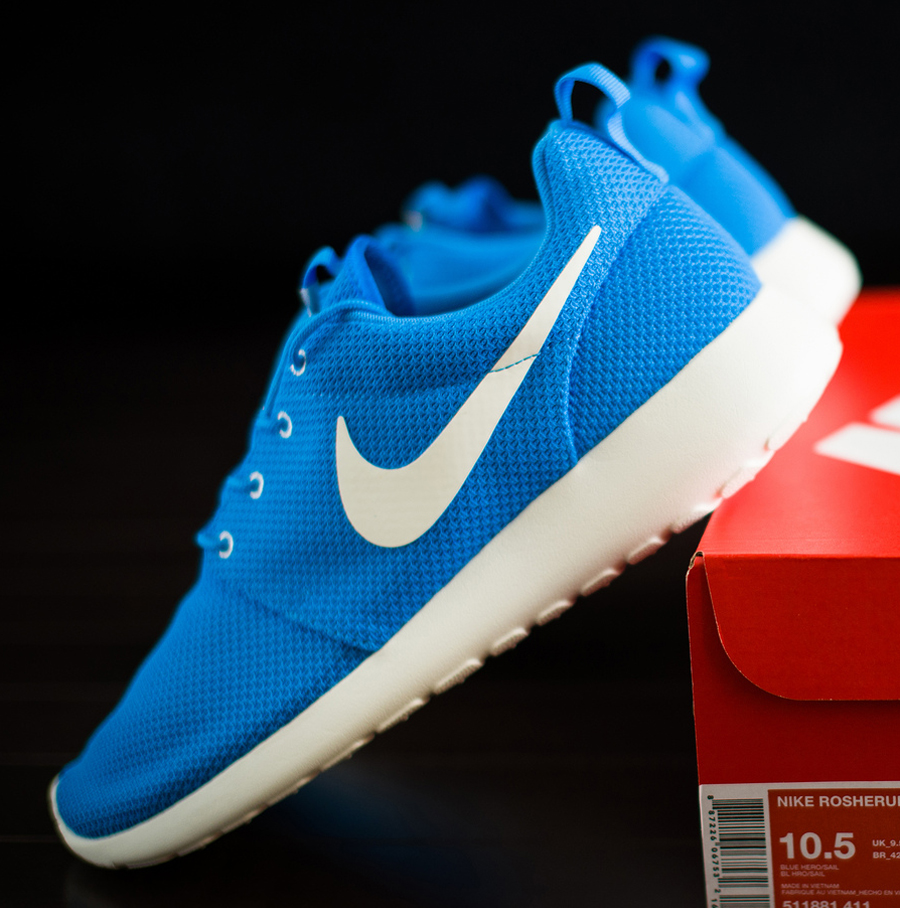 199f1fbf5080 Nike Roshe Run Blue Hero Sail 511881-411 06 2013