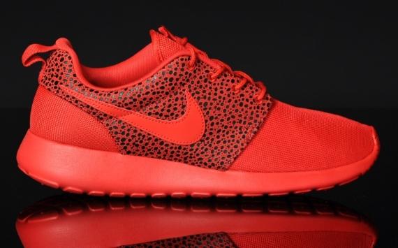 Nike Roshe Courir Acheter Rouge Safari