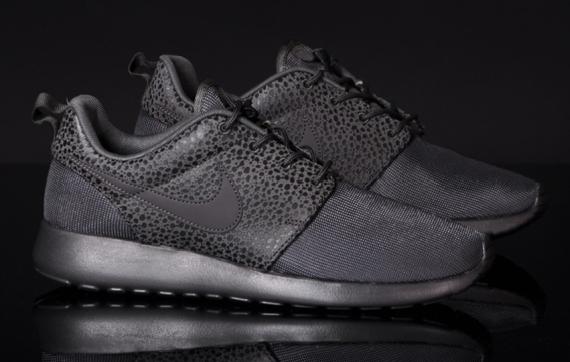 """Nike Roshe Run """"Safari Pack"""" – Midnight Fog - SneakerNews.com"""