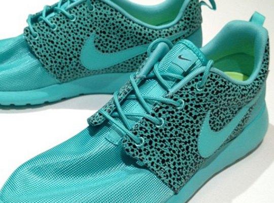 "Nike Roshe Run ""Summer Safari"""