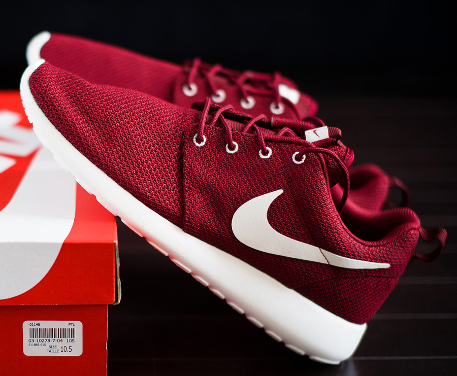 nike roshe team red release date