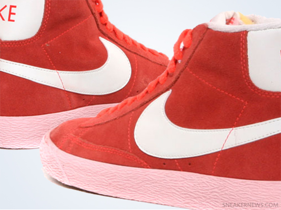 sports shoes 6cf26 a4559 Nike WMNS Blazer Mid VNTG – Total Crimson – Storm Pink