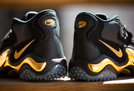 Nike Zoom Turf Jet '97 - \