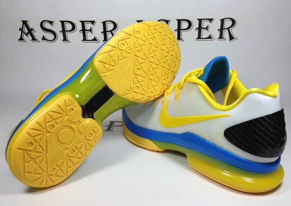 low priced 9a5e4 c3555 durable service Nike KD V Elite quotPlayoffs Homequot Available Early on  eBay