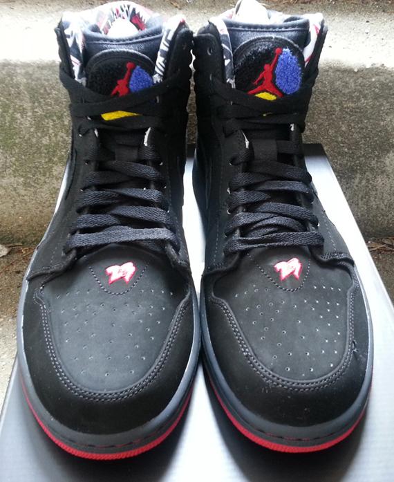 "be0408d012 Air Jordan 1 Retro '93 ""Playoffs"" - Arriving at Retailers - SneakerNews.com"