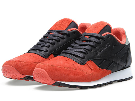 Solebox x Reebok Classic Leather Sturnella Militaris Available durable  modeling b5de14343