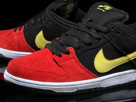 jeu 100% authentique réel à vendre Nike Dunks De Rouge Et Jaune W0jDpTaHR