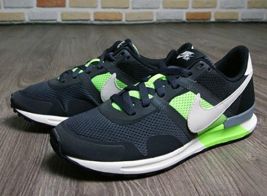 Nike Air Pegasus 83/30 – Black – Flash Lime
