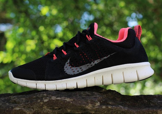 Nike Free Powerlines+ II – Black – Pink