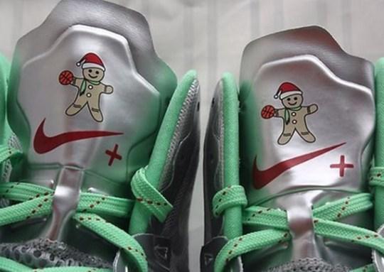 "Nike Hyperdunk 2012 ""Gingerbread Man"" PE"