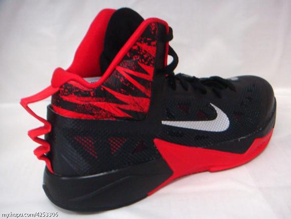 grand choix de 00b42 d6062 Nike Hyperfuse 2013 - Black - Red - SneakerNews.com
