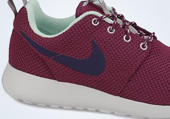 Nike Wmns Roshe Course Marron / Bleu Marine Menthe