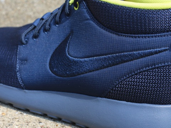 the latest 87424 3eb4f Nike Roshe Run Mid – Armory Navy – Sonic Yellow. June 19, 2013 ...