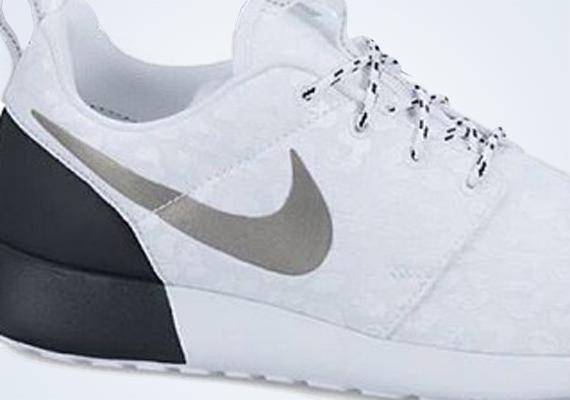 womens nike roshe run casual shoes black/pixel