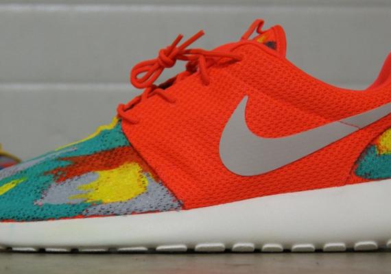 "huge discount 35834 3d72c Nike Roshe Run ""Venice Beach"" by AMAC Customs"