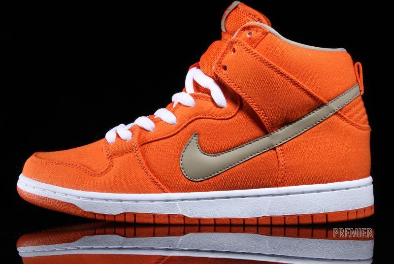 Nike SB Dunk High - Urban Orange