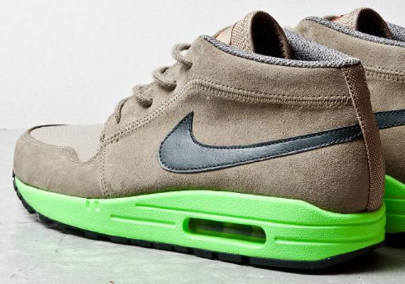 Nike Wardour Max 1 Olive Lime