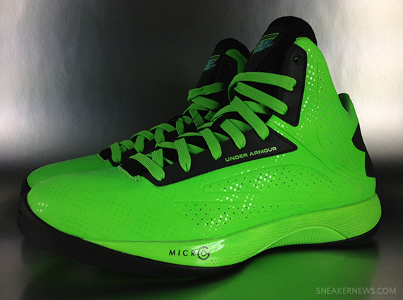 newest ea2a6 82fc2 under-armour-micro-g-torch-elite-24-pe-1 - SneakerNews.com