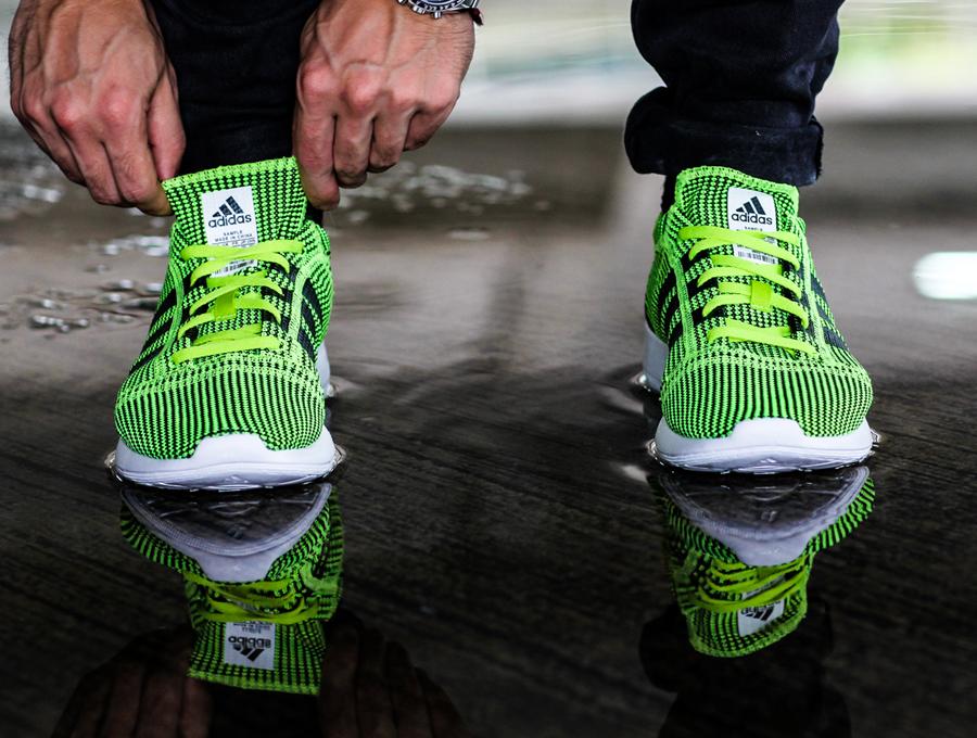 adidas flyknit sneakers