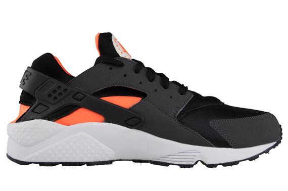 Nike Air Huarache LE - Black - Total