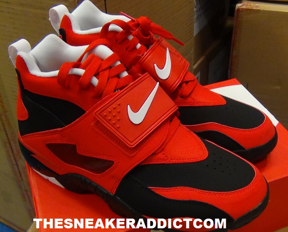 Nike Air Diamond Turf - Challenge Red