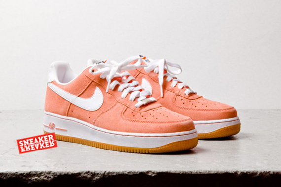 Continue reading to get a full set of angles on this Nike Air Force 1 Low  style and then join us in the wait for their retail arrival.