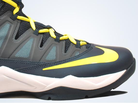 2013 Air Max Basketball