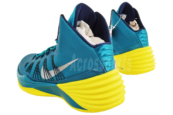 nike hyperdunk 2013 tropical teal sonic yellow
