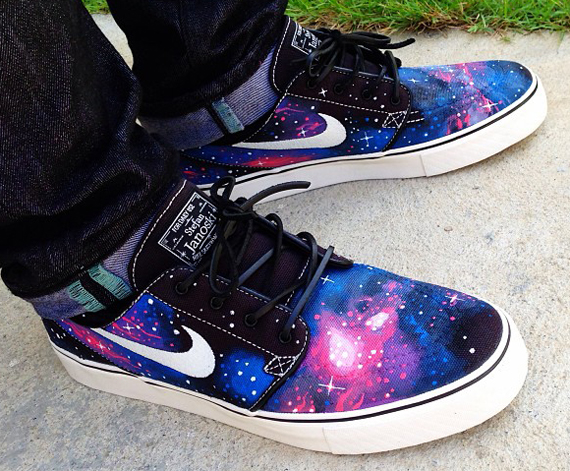 Nike sb stefan janoski galaxy customs by biggie sb for Nike sb galaxy shirt