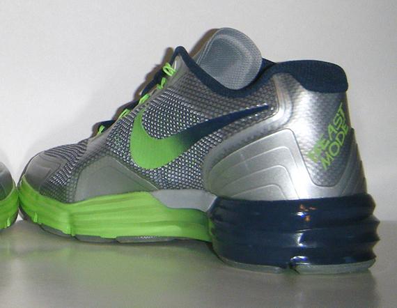 finest selection 43580 0695b Nike Lunar TR1 - Marshawn Lynch