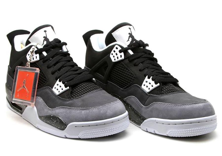 05c74bb140e Air Jordan Retro 4